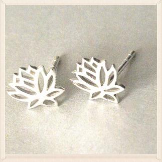 lotus earringsz